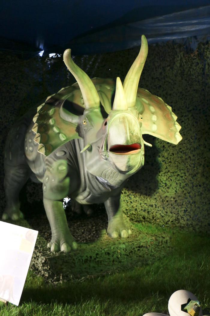 monde_dinosaures_13