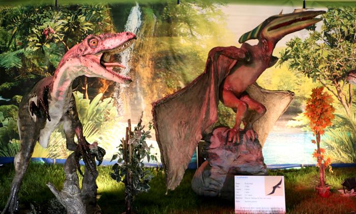 monde_dinosaures_3