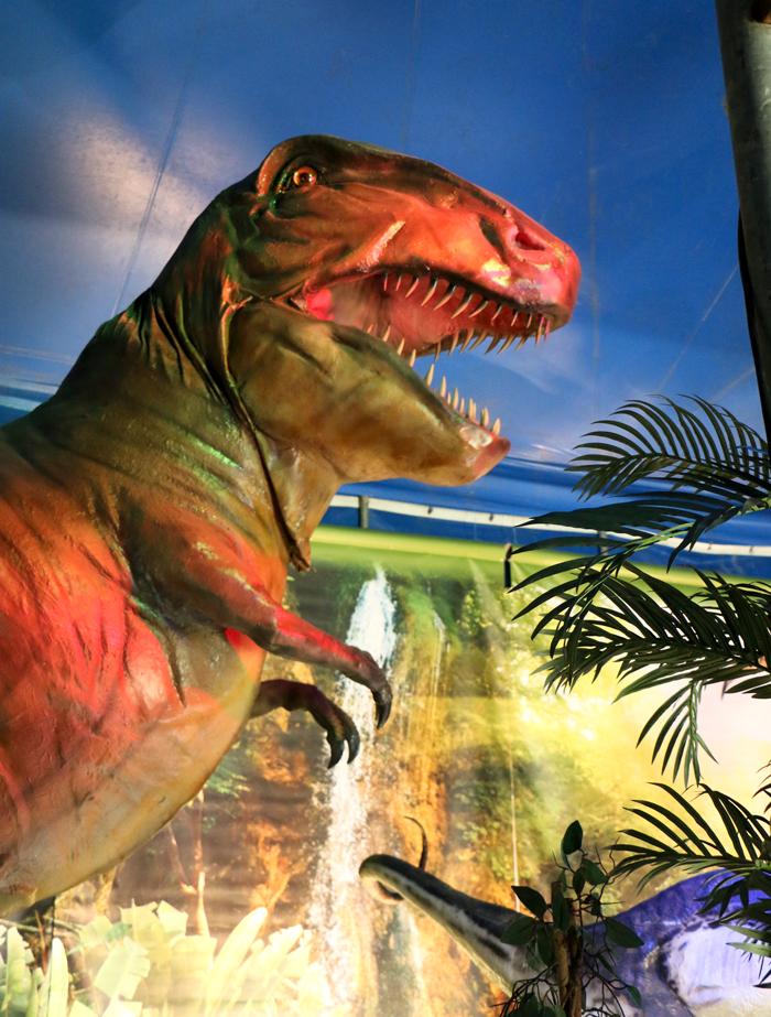 monde_dinosaures_5
